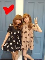 特清仓!dazzlin vivi9月揭载 lena着雏菊花朵单色印花可爱连衣裙 价格:90.00