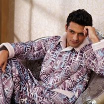 多拉美专柜正品夹棉加厚睡衣 男士家居服2012冬季新款CN43304 价格:388.00