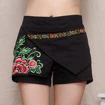 民族风女装 牡丹刺绣花 弹力 中低腰 假两件 短裤 热裤 直筒裤女 价格:68.00