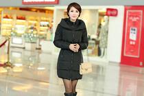 拜丽德正品冬季女款修身羽绒服中长款羽绒服 韩版羽绒服 送毛领 价格:299.00