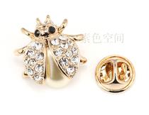2件包邮 水晶钻甲壳虫伊泰莲娜胸针小胸花动物领针女领扣子韩饰品 价格:19.50