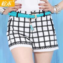 热裤 女 夏 2014女裤 黑白格子格格短裤 千鸟格白搭显瘦时尚短裤 价格:99.00