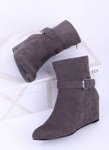 出口法国春秋短靴呛口小辣椒小坡跟短靴猪皮垫女士靴大码踝短靴子 价格:39.00