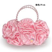 欧美热卖 时尚新娘包 名牌串珠手拎斜挂包玫瑰花朵宴会包晚装包 价格:138.00