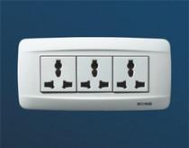 泰力开关.插座 118-700系列 三位10A 250V 多功能插座 价格:16.50