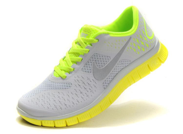 耐克女鞋 夏季透气跑步鞋耐克跑鞋运动鞋女式鞋旅游鞋网面慢跑鞋 价格:178.80