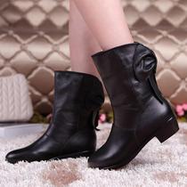 纪梵玛丽 2013新款秋季真皮短靴时尚女靴马丁靴低跟蝴蝶结单靴子 价格:138.00