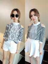 2013夏 黑白复古印花玫瑰几何菱形露肩中袖半高领雪纺衫女装+C68A 价格:38.00