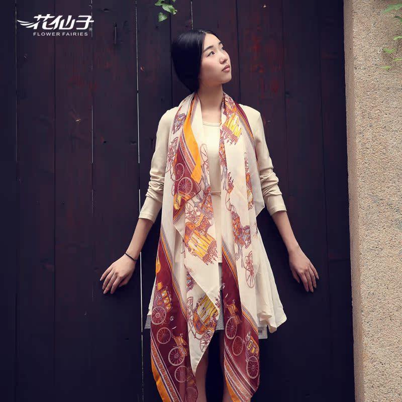 【特卖疯抢】秋冬款巴里纱披肩围巾韩版女士复古马车丝巾包邮 价格:39.00