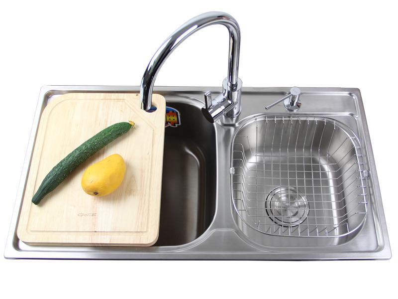 居逸 GE3002805 水槽7件套 进口304不锈钢 深220mm 价格:799.00