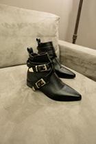 6度欧美风2013时尚英伦尖头搭扣短靴机车靴百搭低跟潮流女鞋X8601 价格:158.00