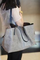 潮女夏季2013新款真皮配皮包灰色单肩大包简单百搭手提购物女包 价格:95.00