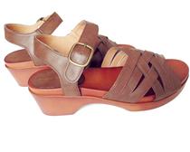新款EME复古森女系交叉带木屐底超舒适 lowrys farm 日单女凉鞋子 价格:84.80