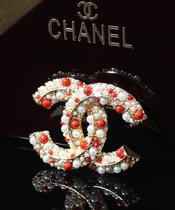 欧美小香双C珍珠米珠胸针女款 韩版钛钢镀金胸针女 小香饰品批发 价格:50.00
