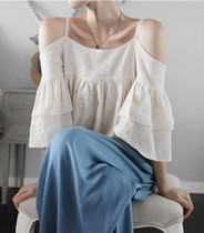 蘑菇街2013年韩国partysu秋冬新款 吊带喇叭袖上衣 黑色 杏色 价格:78.00