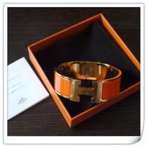 Hermes爱马仕宽版手镯专柜正品代购H珐琅玫瑰金男女款手环 现货 价格:2562.00