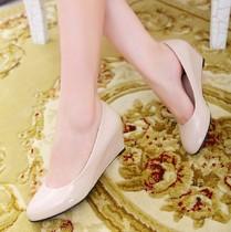 2013新款漆皮女单鞋春款女士皮鞋女鞋中跟女式平底鞋子坡跟平跟 价格:29.90
