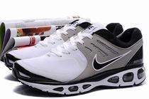 耐克男鞋子 2010 网布面 专柜正品运动鞋耐克跑步鞋男正品 价格:224.00