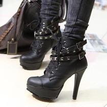 2013新款欧美秋冬女式超高跟厚底铆钉骑士靴马丁靴女靴黑色短靴子 价格:79.00
