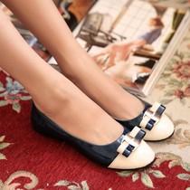 2013新款甜美圆头漆皮单鞋底跟平底圆头蝴蝶结饰女士鞋女单鞋子 价格:27.00