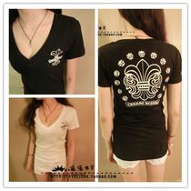 潮牌Chromehearts克罗心黑白色V领T恤修身女款蔷薇花纯棉短袖特价 价格:116.00