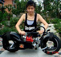 二轮摩托车 迷你沙滩车 极限风火轮 wheelman 汽动滑板车 G-wheel 价格:2280.00