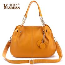 意尔丹新品真皮女包韩版女士包包2013新款潮女手提斜跨单肩包包邮 价格:238.00