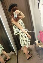 原单新款 吊带 无袖 水墨花柄 假两件感觉 连衣裙 特 限量 价格:148.99