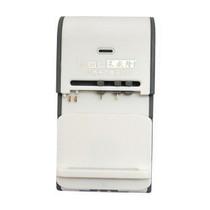 莱盛隆 万能充电器 座充 多功能充电器 USB充 手机万能便携商务充 价格:15.00