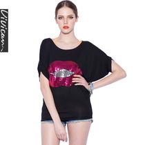 薇可2013夏季女装新款 大嘴唇亮片蝙蝠袖显瘦圆领短袖宽松显瘦T恤 价格:68.88