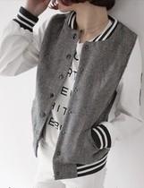 2013秋装新款女韩版拼皮袖贴布LOGO棒球短外套 原单品质 价格:95.00