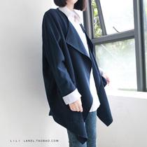 优质高档 简约日式 大翻领无扣 翻边袖口宽松大外套 西装料风衣 价格:115.00