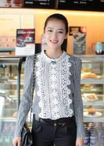 2013秋装新款韩版甜美蕾丝拼接格子衬衣女长袖衬衫中袖衬衣女上衣 价格:61.00