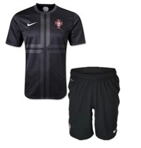 Fans version,Top thai,Portugal 2013/14 away shirt+pants 价格:95.00