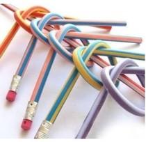 可以弯折软铅笔 软笔 玩具笔 学生铅笔(一支的价格) 价格:2.50