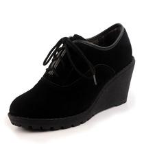 悠一悠正品2013新款女鞋坡跟单鞋女真皮高跟牛筋底百搭系带低帮鞋 价格:118.00