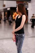 2013春夏装新款品质女装韩版潮打底背心美丽说莫代尔吊带背心女 价格:18.00