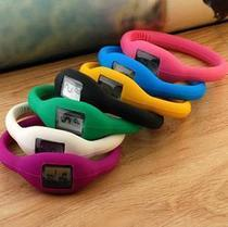 281韩国负离子手表 电子表 运动腕表 手镯表 简装 价格:3.80