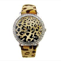 节日礼物依诗美华丽豹纹女表 时尚尖端豹纹野性剪毛表带时装手表 价格:56.00