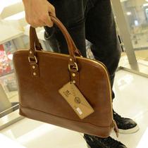 2013韩版包包男士包公文包 单肩包潮男包手提包电脑包休闲商务包 价格:68.00