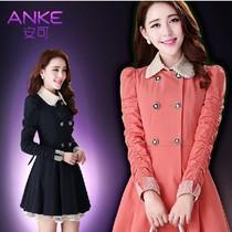 2013秋装新款韩版修身双排扣中长款风衣女钉珠蕾丝外套大衣 价格:115.00
