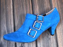 13新款 细跟短踝靴 布面材质上较舒适 时尚潮流 欧美风格 价格:68.00