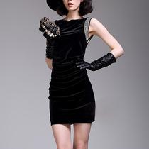 2013秋季新款女装 欧美修身钉珠天鹅绒丝绒连衣裙无袖背心裙短裙 价格:339.00