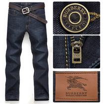 Burberry/巴宝莉2013新款修身牛仔裤男士牛仔裤精品男式牛仔裤子 价格:118.00