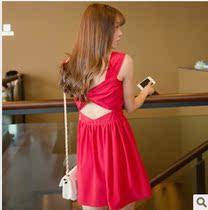 2013新款夏装韩国代购现货韩版无袖露背露肩修身吊带裙黑色连衣裙 价格:39.90