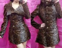 绒面豹纹收腰版型超好风衣 公主袖泡泡袖 原单限量 价格:178.00