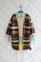 娜漾正品韩剧明星款手工编织超有个性拼色长款开衫 毛衣 价格:260.00
