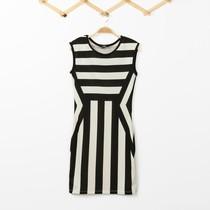 2013夏季新品连衣裙  欧美风hm修身显瘦无袖黑白竖条纹连衣裙长裙 价格:59.00