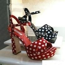 正品代购KISSCAT/接吻猫凉鞋2012新款高跟波点防水台K22328-03LA 价格:210.00