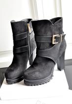 网上无双  韩版秋季女鞋 圆头高跟鞋 粗跟鞋 女靴子短靴中筒靴子 价格:138.00